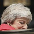 Prepad libry: Mayová požiada parlament o schválenie dohody o Brexite, z vlády odišli ministri