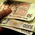 Turecká líra padá a ťahá nadol aj českú korunu