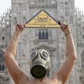 Plošný zákaz nebezpečnej látky môže spôsobiť zdraženie nepremokavého oblečenia