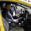 WSJ o závislosti na automobilovom priemysle: Nad strednou Európou sa sťahujú mračná