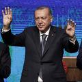 Nový rekord každú chvíľu: Neúprosný úpadok tureckej líry v titulkoch Financial Times