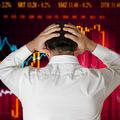 Ekonómovia strašia novou krízou: Signály hovoria jasnou rečou, bude to horšie než pred desiatimi rokmi