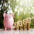 Tri návyky, ktoré vám v novom roku pomôžu sporiť