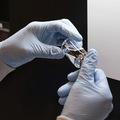 Liek na koronavírus bude stáť 2340 dolárov, menej ako analytici očakávali