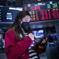 Ako dnes investujú boháči: Na trhu je bublina, naďalej očakávame výnosy, riziko akceptujeme