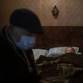 Problém vboji skoronou: Žijeme vpreplnených domácnostiach