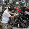 Prieskum KPMG: Slovensko ako automobilová veľmoc príde o pracovné miesta