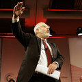 Joseph Stiglitz: Stimulačné programy americkým pracovníkov nepomohli, to si musíme priznať