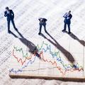 Predaj v najhoršom možnom čase: Slovenskí investori sa počas koronakrízy nesprávali racionálne