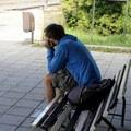Starnutie je problém: Ľudia v bohatých krajinách umierajú osamelí