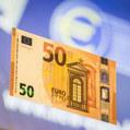 Euro na Slovensku oslavuje 10 rokov, čo to znamená pre Česko?