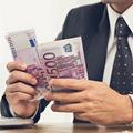 Je bežné baviť sa o výške svojej mzdy?