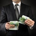 Každý druhý dospelý Slovák neinvestuje svoje peniaze