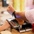 Samsung na Slovensku spúšťa platby smart hodinkami s podporou Google Pay