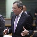 Ťažká situácia pre ECB:  Zvýšené ekonomické riziká v čase ukončovania ultrauvoľnenej politiky