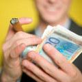 Prieskum: Kam dávajú superboháči svoje peniaze