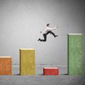 Fidelity: Nálada firiem sa zhoršila, recesia však zatiaľ nie je za rohom
