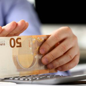 Pákový efekt: NBS chce viac regulovať obchodovanie s finančnými rozdielovými zmluvami