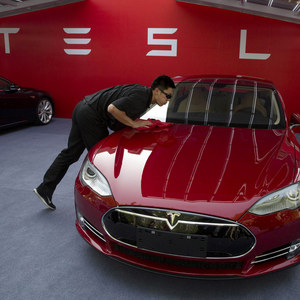 Hackeri napadli cloud Tesla, aby tam mohli potichu ťažiť kryptomeny