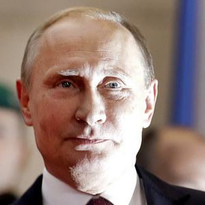 Putinovi môžu víťazstvo vo voľbách zabezpečiť dlhy domácností