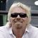 Miliardár Branson: Na vyrovnanie nerovnosti v príjmoch stačí rozdávať hotovosť