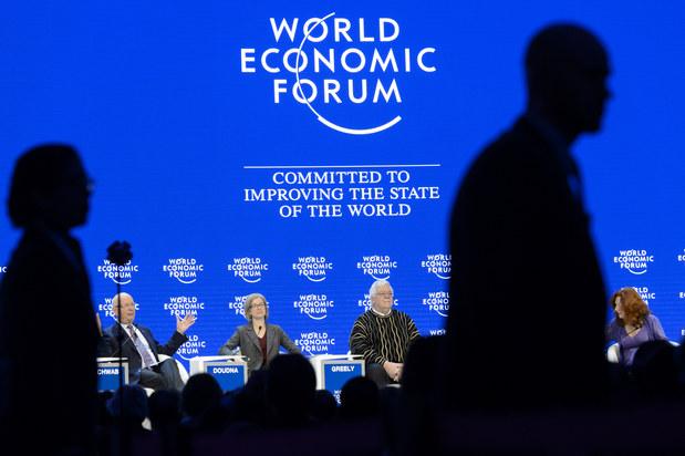 Póza najväčších globálnych bánk v Davose: To my sme tí fintech inovátori!