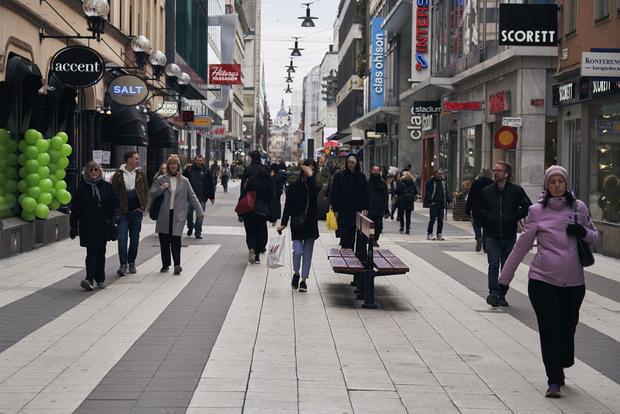 Žiadna izolácia: Švédsky model predstavuje uvoľnenejšiu koronavírusovú stratégiu