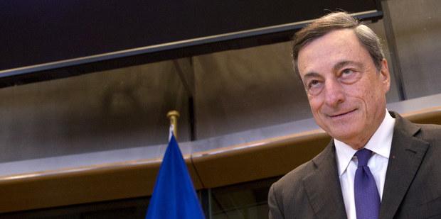 ECB prekvapila, oddialila tým potrebu robiť veľké rozhodnutia do konca tohto roka