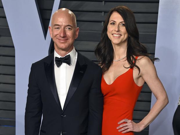 Jeff Bezos sa rozvádza