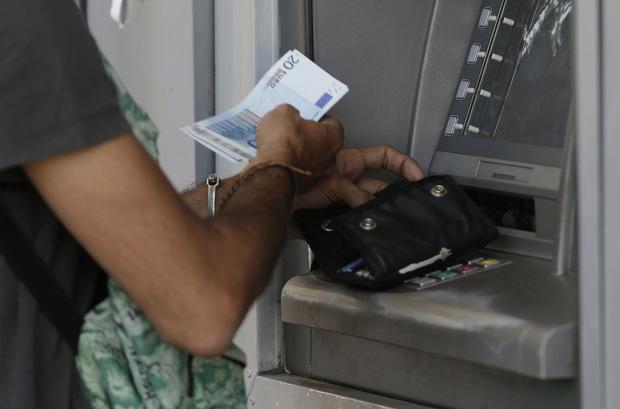 Krádež za bieleho dňa: Ako to vedia len bankomaty