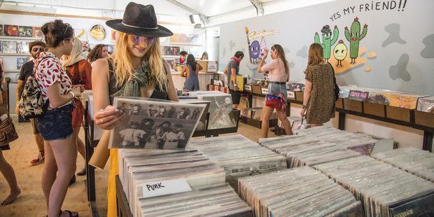 Príliš vysoká cena, keď sa hudobné albumy už takmer vôbec nepredávajú
