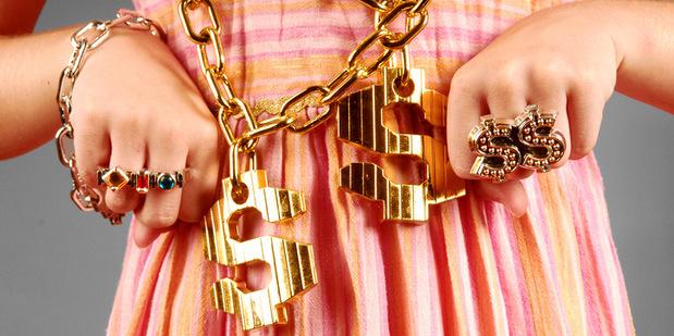 Keď vyzeráte ako hlupák: 8 vecí, o ktorých si bohatí myslia, že im zlepšia imidž