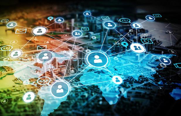 Peniaze zo sociálnych sietí: Sú influenceri kráľmi reklamy 21. storočia?
