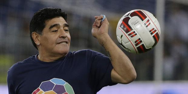 Čo mali spoločné Maradona a monetárna politika
