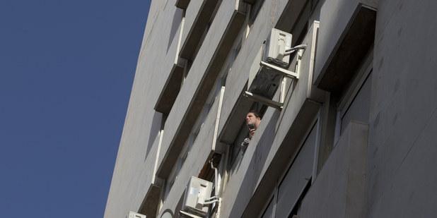 Ceny bytov tak skoro neklesnú, nízkopríjmoví žiadatelia môžu mať problém získať úver