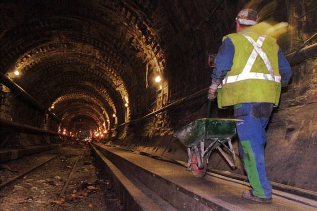 Verejno-súkromné partnerstvo vyhĺbilo medzinárodný gigantický tunel za viac ako 5 miliárd eur
