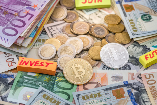 Hrozba pre zavedený systém: Centrálne banky zatiaľ na kryptomeny pripravené nie sú