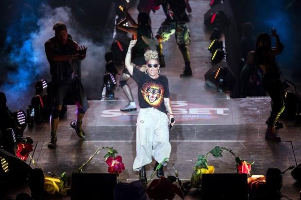 Neustály vrchol kariéry: Ako speváčka Pink zarobila a utratila svojich 100 miliónov dolárov