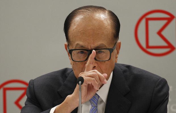 Druhý najbohatší muž Ázie odchádza do dôchodku vo veku 90 rokov