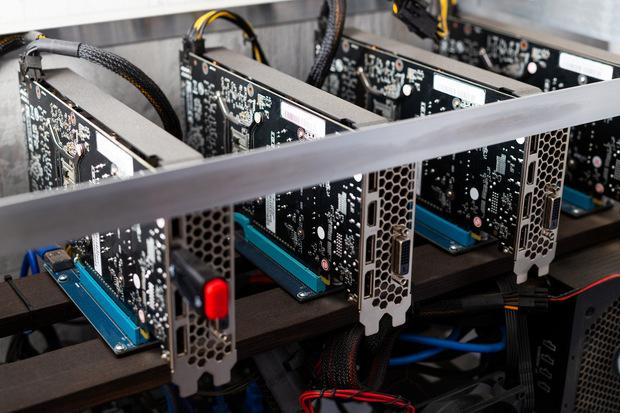 Štát kontra hi-tech: Čo je to ekonomika inteligentných peňazí