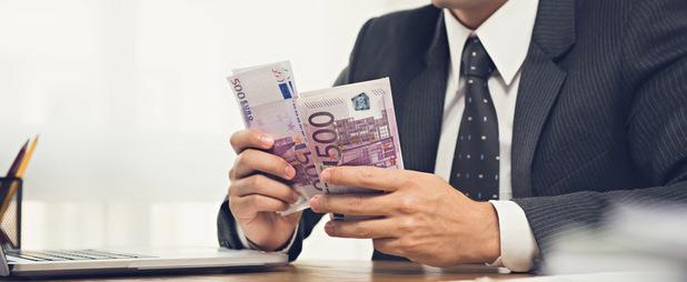 Kto musí platiť za investičné poradenstvo?