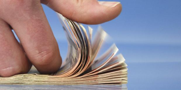 Na dovolenku si určite zoberte platobnú kartu, kreditka vás môže  zachrániť