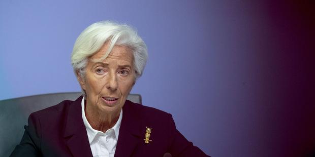 Ako banky pred krízou: Kto zaplatí biliónový účet za zelenú dohodu?
