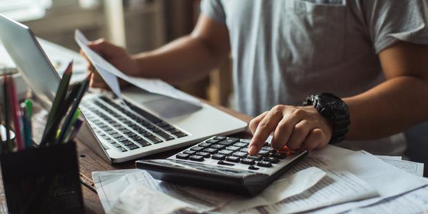 Lepšie je nevedieť: Ako platová transparentnosť znižuje mzdy