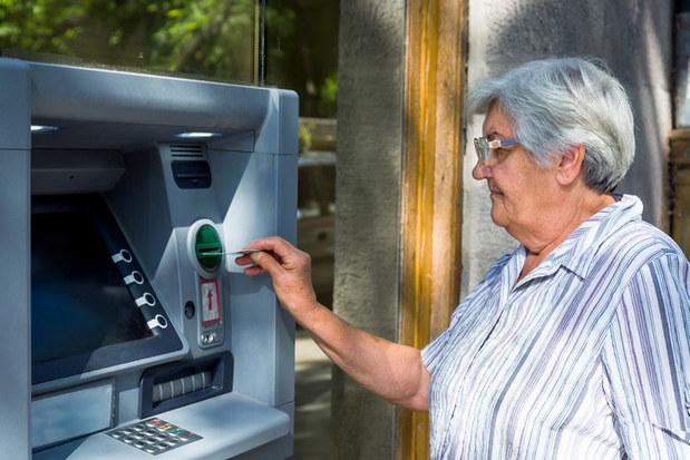 Ani na Západe staroba nie je med lízať: Sedem dôvodov, prečo majú ženy na dôchodku menej peňazí než muži