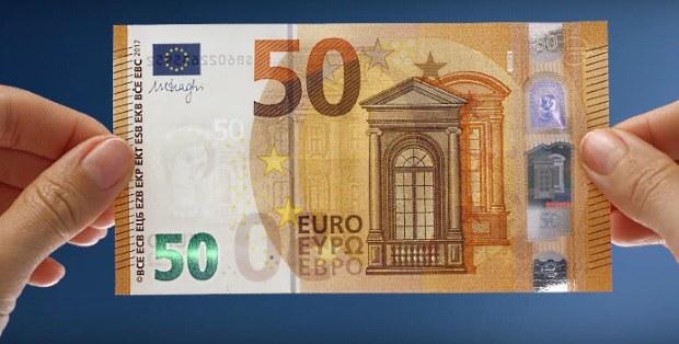 Množstvo zadržaných falzifikátov: Asi sto falošných mincí za mesiac a 2000 kusov eurobankoviek ročne