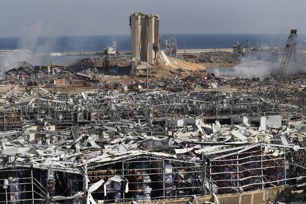 Ponziho schéma schválená vládou: Výbuch v Bejrúte vygradoval hospodársku krízu v krajine