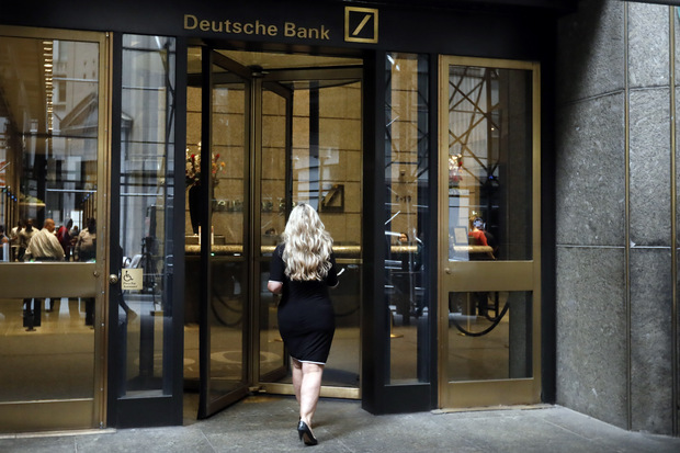 Wall Street o reštrukturalizácii Deutsche Bank: Príliš radikálne, príliš optimistické