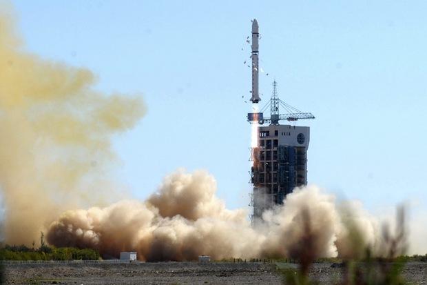 Čína vyslala do vesmíru druhý satelit vyrobený pre Venezuelu, štart vysielala venezuelská televízia v noci na sobotu 29. septembra 2012.