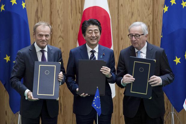 Vďaka ti Trump! Obchodná dohoda medzi EÚ a Japonskom odstraňuje clá